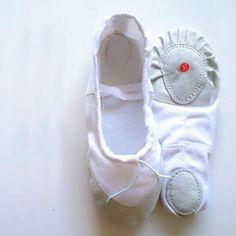 Girls White Ballet Shoes