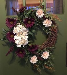 Elegant Purple and Cream Floral Spring Wreath for Door for Awesome Curb Appeal! Diy Spring Wreath, Fall Wreaths, Christmas Wreaths, Purple Wreath, Floral Wreath, Wreaths For Front Door, Door Wreaths, Diy Projects To Do At Home, Curb Appeal