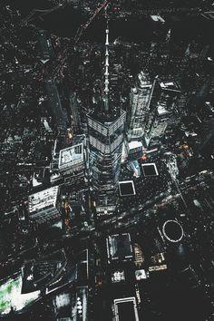 Night lights by imthejam | newyork newyorkcity newyorkcityfeelings nyc brooklyn queens the bronx staten island manhattan @lingkingman @ellistuesday @BastienGchr @Parccy