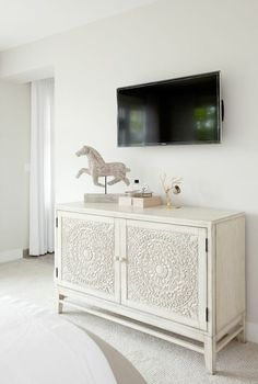 "Perfect ""media console"" for the guest bedroom!"