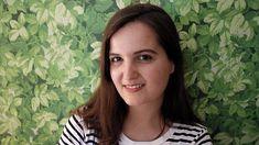 Gabriela Ybarra nació en Bilbao en 1983. Es licenciada en Administración y Dirección de empresas por la Universidad Pontificia de Comillas y Máster en Marketing en la Universidad de Nueva York, ciudad en la que vivió tres años. Actualmente reside en Madrid, donde trabaja analizando redes sociales y elaborando estudios de mercado. El comensal (Caballo de Troya, 2015) es su primera novela.