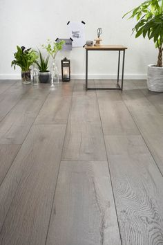 Low Budget Home Decoration Ideas Key: 7360909106 Modern Flooring, Wide Plank Flooring, Engineered Wood Floors, Timber Flooring, House 2, I Love House, Home Bedroom, Home Living Room, Best Of Omaha