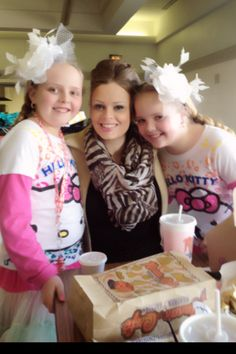 Lunch at Austin Elementary Stephaney Rene Mahaney with twins Maryssa and Makenna Mahaney www.texastwinsevents.com