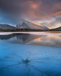 Spider Cracks' Banff National Park Alberta Canada by Gavin Hardcastle - Fototripper. [1280 X 1600]