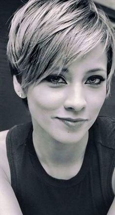 Pixie haircuts for women (19)