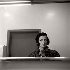 Top 20 Self Portraits by Vivian Maier | MONOVISIONS