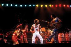 Earth wind and fire live
