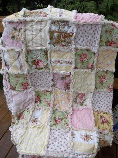 Shabby Chic Toile and Candlewick / Chenille Quilt Chenille Quilt, Rag Quilt, Quilt Bedding, Chic Bedding, Puff Quilt, Bedding Sets, Shabby Chic Fabric, Shabby Chic Furniture, Quilting Projects