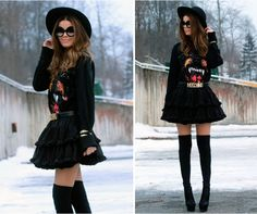 Nettenestea in an outfit that is beyond amazing. #kneehighsocks #moschino