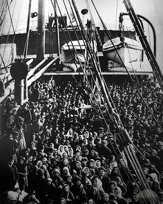 Ellis Island Immigrants | Ellis Island Arriving Boat Packed by TravelPod Member Stevewall ...
