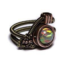 Very Unusual Ring  Note:  Love the unusual in rings!