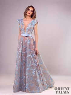 Fashion Evening Gowns Formal Dresses for Girl Emerald Green Ball Gown – inloveshe Girls Formal Dresses, Elegant Dresses, Pretty Dresses, Beautiful Dresses, Prom Dresses, Looks Party, Haute Couture Dresses, The Dress, Dream Dress