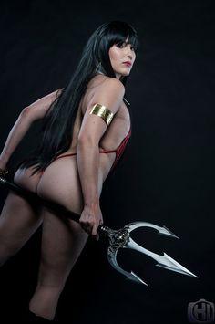 COSPLAY Hotties Featuring Vampirella, Rogue, Scarlet Witch & Robin