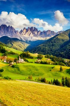 View of the Dolomites Beautiful Nature Pictures, Nature Photos, Beautiful Landscapes, Landscape Photography, Nature Photography, Travel Photography, Natur Wallpaper, Earth City, Valley Of Flowers