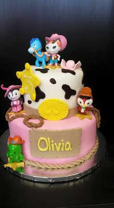 Sheriff Callie Cake www.GGCupcake.com #coupon code nicesup123 gets 25% off at  Provestra.com Skinception.com