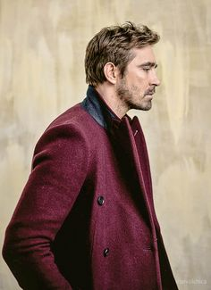 "soooo is this ""purple coat of sex"" now?! - Sherlock would be proud, fandoms unite!"