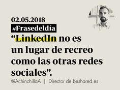 Gracias a plataformas como LinkedIn, las ofertas de trabajo te encuentran a ti, en vez de tú buscar dichas oportunidades. #comunicación #marcapersonal #personalbranding #huelladigital