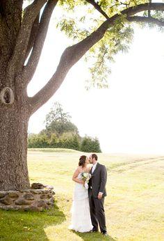 outdoor garden wedding photos