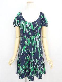 Authentic BCBG Max Azria  short Sleeve stretch Dress MP from JAPAN #BCBGMaxAzria