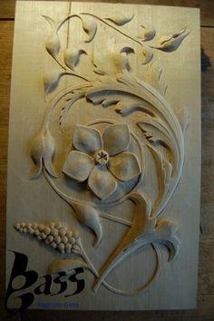 Acanthus - www. Plaster Sculpture, Plaster Art, Wood Sculpture, Wood Carving Designs, Wood Carving Art, Wood Art, Chip Carving, Wood Ornaments, Acanthus