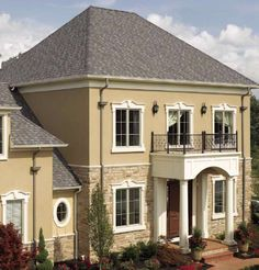 With the character of a New England evening, Landmark Premium in Max Def Weathered Wood is as crisp as autumn air. Certainteed Shingles, Wood Shingles, Architectural Shingles, Fibreglass Roof, Residential Roofing, Roof Colors, Cool Roof, Roofing Contractors, Roof Repair