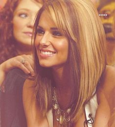 Long Bob with dual tones - Click image to find more hair & beauty Pinterest pins
