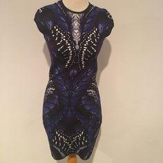 Alexander McQueen Black Blue Knitwear Dress XS NWT Alexander McQueen Blue and Black Knitwear sleeveless fitted dress. XS NWOT Alexander McQueen Dresses Midi