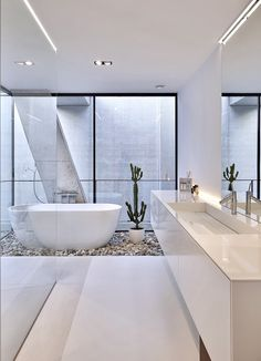 6 Simplistic Modern Bathroom Decor Ideas Bathroom Design There are many modern bathroom ideas out there that can be useful. Since so many bathrooms are using modern designs these days, you can try to look fo. Diy Bathroom Remodel, Bathroom Renovations, Bath Remodel, Bathroom Makeovers, Bad Inspiration, Bathroom Inspiration, Modern Bathroom Design, Bathroom Interior Design, Modern Bathrooms