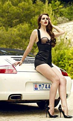 https://m.facebook.com/Beautiful-Women-of-the-Net-283570145148843/