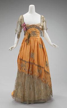Jean-Phillipe Worth Evening dress ca. 1910-1914 via The Costume Institute of The Metropolitan Museum of Art