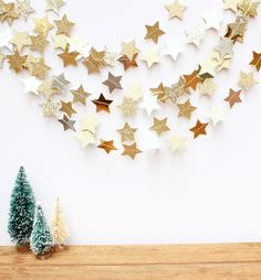 21 Best Ideas For Diy Christmas Tree Garland Paper Stars – Diy Garland 2020 Merry Little Christmas, Noel Christmas, Winter Christmas, Christmas Crafts, Christmas Ideas, Christmas Tree Star, Cheap Christmas, Simple Christmas, Diy Christmas Tree Garland