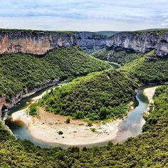 @Easyvoyage - This is not America but Ardèche in France! #myeasyvoyage #voyage #travel #travelgram #traveler #phototravel #holidaytravel #holidays #escape #vacation #vacances #world #destination #wanderlust #instatravel #nature #ardeche #France #ig_franc