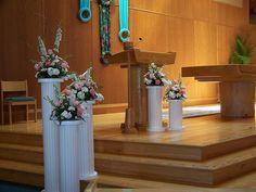 Church Altar Arrangements | Altar Decor at Incarnation Church in Palos Heights