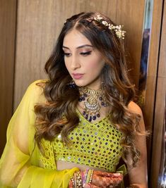 Check out all the fun-filled pictures from Anissa and Armaan's mehendi ceremony. Bollywood Couples, Bollywood Celebrities, Sister Of The Groom, Mango Clothing, Mehendi Outfits, Haldi Ceremony, Wedding Of The Year, Wedding Proposals, Creative Hairstyles