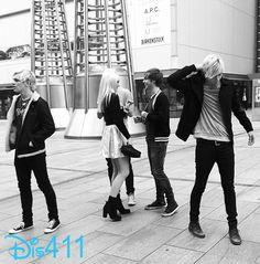 R5 (Ross Lynch, Rocky Lynch, Riker Lynch, Rydel Lynch and Ellington Ratliff) in Japan November 25, 2013