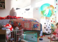 """""""As potenciais possibilidades de qualquer criança, são o mais intrigante e estimulante em toda a criação"""" – Ray L. Wilbur Os brinquedos não servem apenas para brincar. Os brinquedos são os a…"""