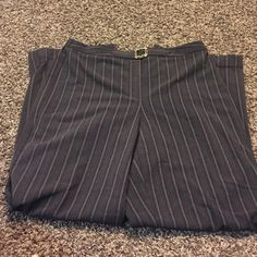 4 for $10 Great condition. No pockets R. Q. T Pants