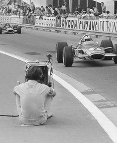 Richard Attwood (Lotus-Ford) & Pedro Rodríguez (BRM) Grand Prix de Monaco 1969