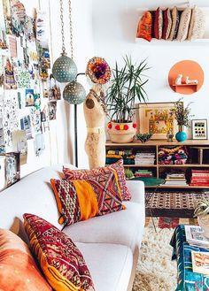Adorable Bohemian Style Decor Idea (118)