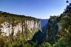 Canyon Itaimbezinho Rio Grande do Sul Brazil   [OC][4286x2846]
