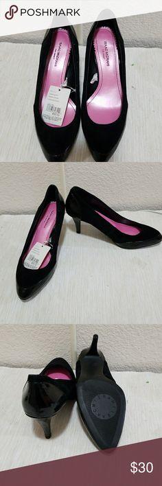 Black suede pumps Black suede and leather pumps Isaac Mizrahi Shoes Heels