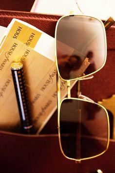 sunglasses pen leather