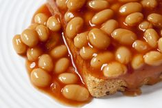If you are looking to fill your belly with plant protein, healthy fats, and lots of fiber in a jiffy, look no further than this 3 ingredients baked-bean toast. This simple recipe is heavily endorsed by the MamaSezz team. Just try it. You'll thank me later. Use code CHEF for 10% off. #beantoast #bakedbeans #vegetarian #vegan #plantbased #WFPB #Plantprotein #veganbakedbeans #mamasezz #healthyfats #plantpowered #veganbreakfast #vegetarianbreakfast #healthybreakfast #avocadotoast Breakfast Baked Beans, Baked Beans On Toast, Vegetarian Breakfast, Vegan Breakfast Recipes, Top Recipes, Whole Food Recipes, Great Recipes, Vegan Recipes, Plant Based Meal Delivery