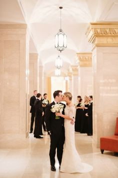 Chicago Wedding The Rookery | photography by http://twobirdsphoto.com