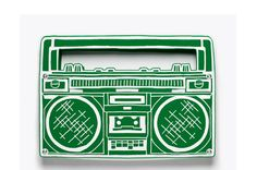 Sac à main Ghetto Blaster Yazbukey http://www.vogue.fr/mode/shopping/diaporama/let-the-music-play/8719/image/541840