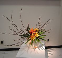 Ikebana Sanguetsu Exhibition   Exposição de Ikebana Sanguets…   Flickr