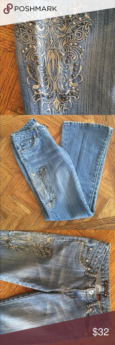 Vanilla Star embroidered embellished jeans 3 flare Gorgeous vanilla Star size 3 embroidered embellished jeans excellent condition Vanilla Star Jeans Flare & Wide Leg