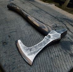 Common axe headed for war +1 to Stealth attack rolls when this axe is used for the attack 1d12 damage