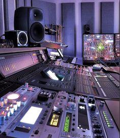 Recording Studio Equipment, Music Recording Studio, Audio Studio, Music Studio Room, Recording Studio Design, Sound Studio, Music Rooms, Home Studio Equipment, Home Studio Setup
