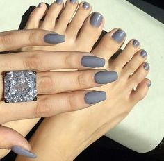 Nail color for winter